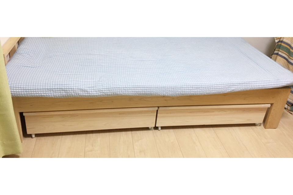 ベッドの下の収納ボックス 伸縮ベンチように 1807019