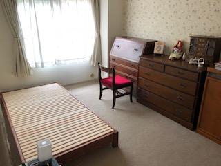 着色仕上げのひのきベッド
