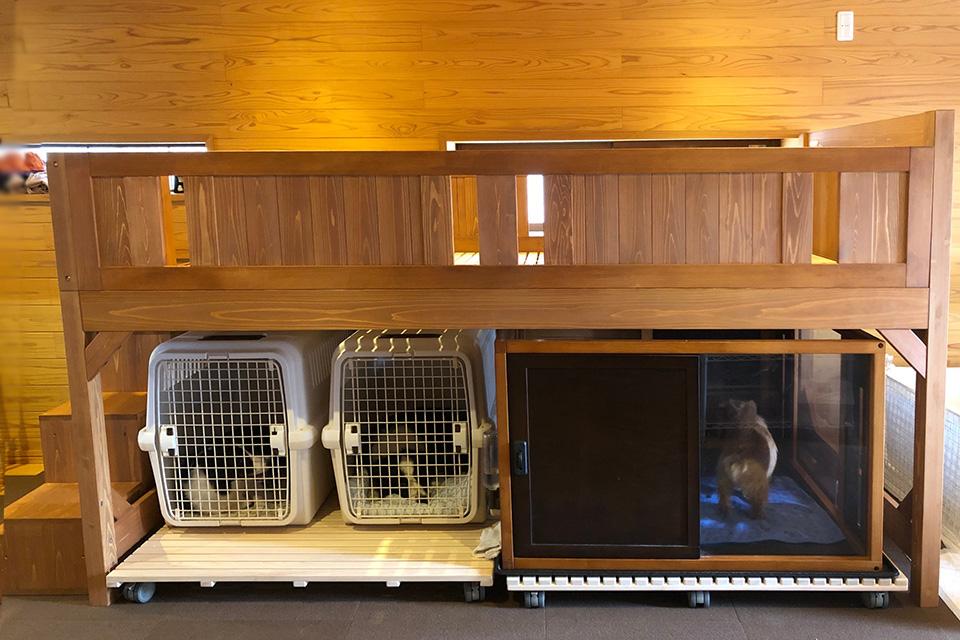 ミドルベッド下に犬小屋を収納設置したお客様からの画像
