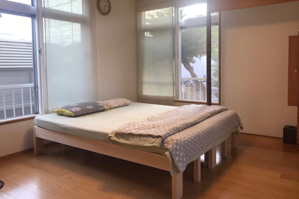 ひのき伸縮ベッドss2台を並べて活用されているお客様の声