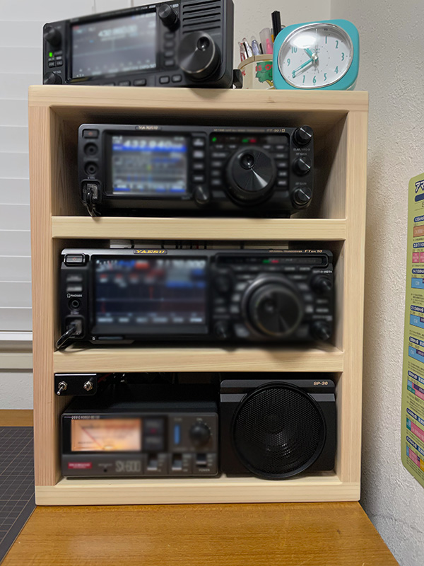 ひのき3段ボックス アマチュア無線機の収納棚 ヒノキ・ワークス2101014