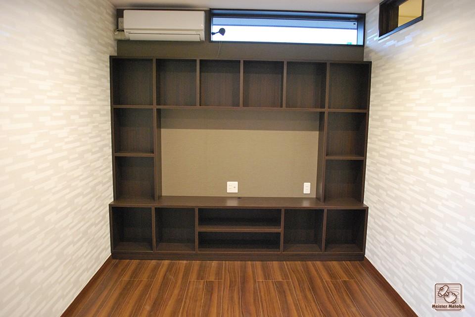壁面棚 テレビ50インチ収納可能