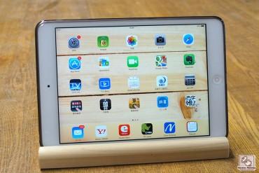 タブレット立て iPad miniを立ててみました