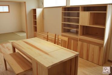キッチンリビングの無垢家具 無垢スギ材 1402041