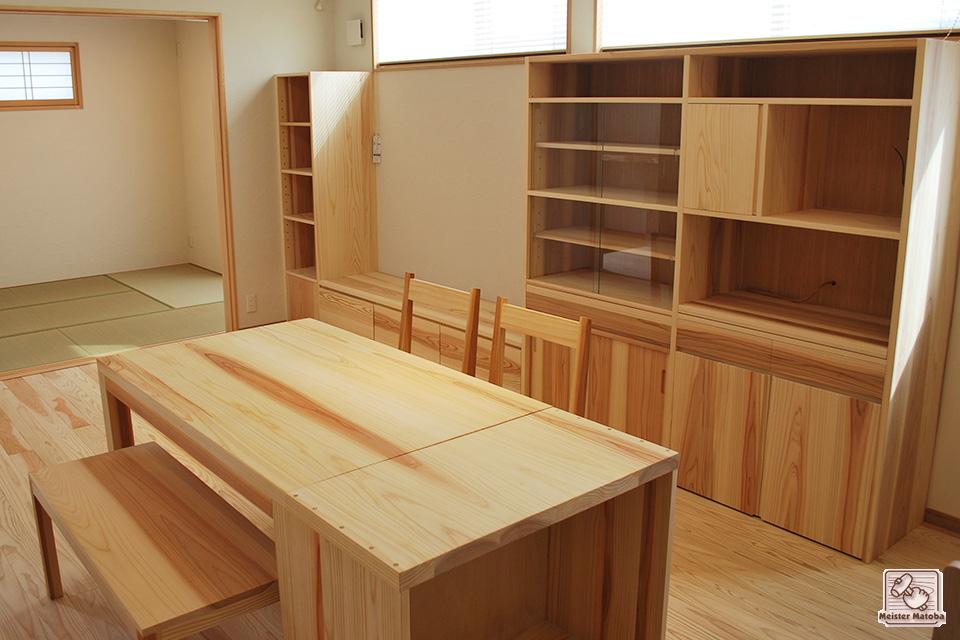 キッチンリビングの無垢家具
