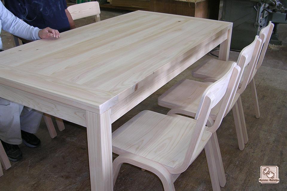 無垢ひのき6人掛けの食堂テーブル