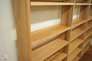 壁面本棚 棚板可動式