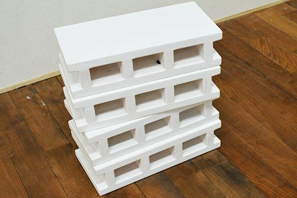 木製ひのきブロックの白塗装仕上げ