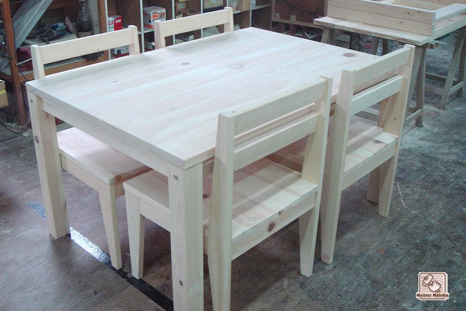 無垢ひのき食堂テーブルと椅子のセット