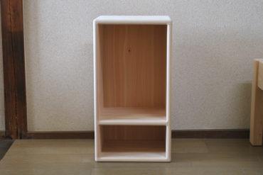 カラーボックス2段 棚の位置変更 電話台みたい感じに 1807028