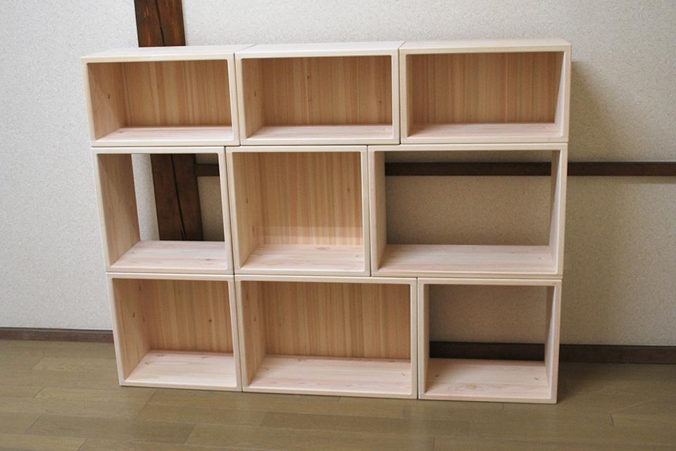 ひのきカラーボックスの組み合わせ棚