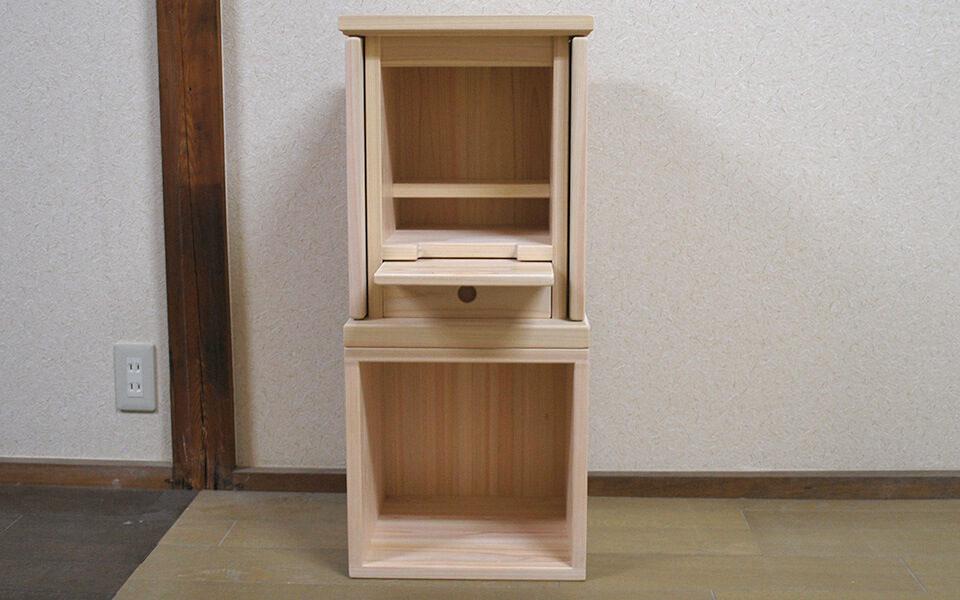 小ぶりなひのき仏壇記憶の箱 床に置いて座って丁度よい高さ 1811028