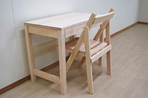 無垢ひのき木製おりたたみ椅子と机