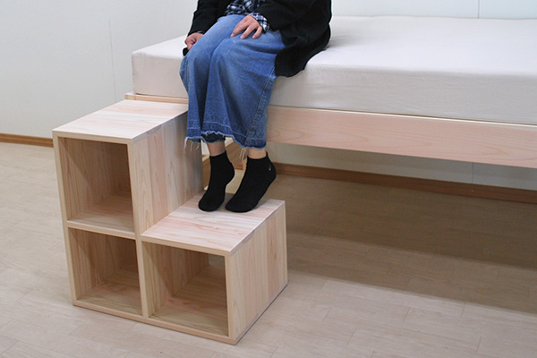 上りやすい階段家具 収納