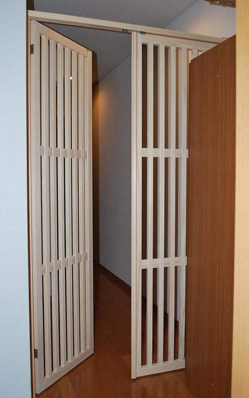 猫の脱走防止に見通しのよい廊下に扉を追加 2001030