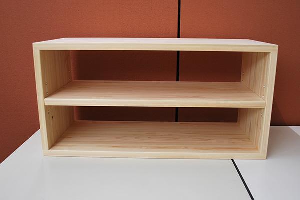 ひのき横置きカラーボックスに棚板を追加NO2001027
