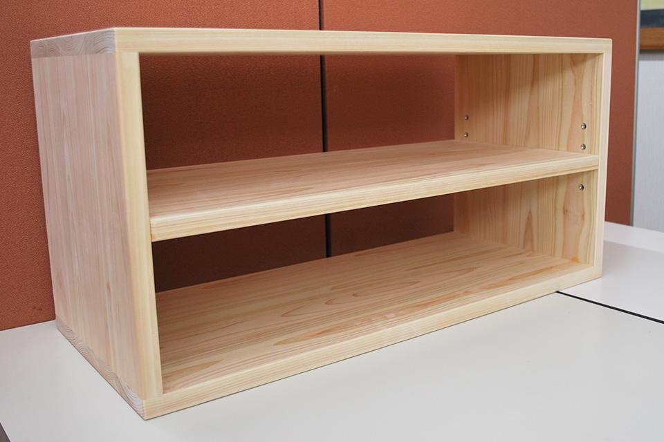 ひのき横置きカラーボックスに棚板を追加2001027