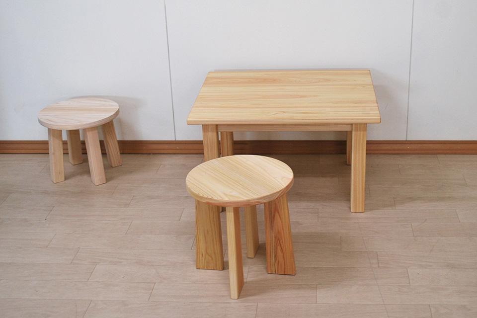 ひのき子供テーブルと丸椅子(2タイプ) 2102036